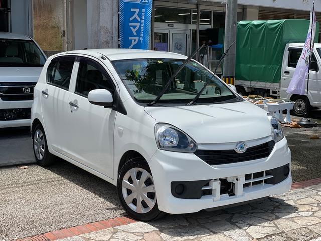 沖縄の中古車 ダイハツ ミライース 車両価格 26万円 リ済込 2014(平成26)年 10.4万km ホワイト