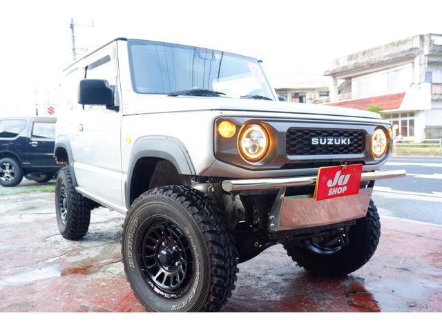 沖縄の中古車 スズキ ジムニー 車両価格 200万円 リ済込 2020(令和2)年 0.6万km シルバーM