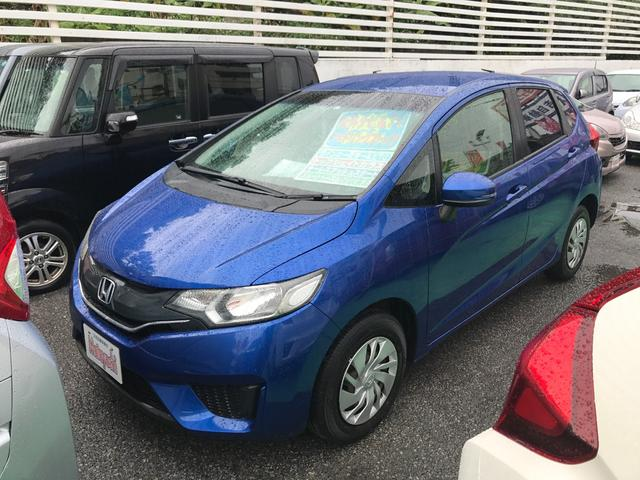 沖縄の中古車 ホンダ フィット 車両価格 88万円 リ済込 平成25年 5.8万km ブルー