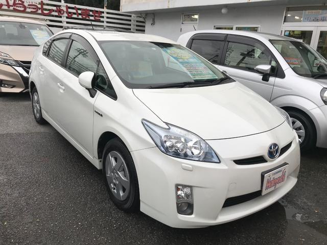 沖縄の中古車 トヨタ プリウス 車両価格 99万円 リ済込 2011(平成23)年 7.1万km パール