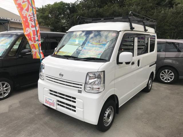 沖縄の中古車 日産 NV100クリッパーバン 車両価格 89万円 リ済込 2016(平成28)年 6.8万km ホワイト
