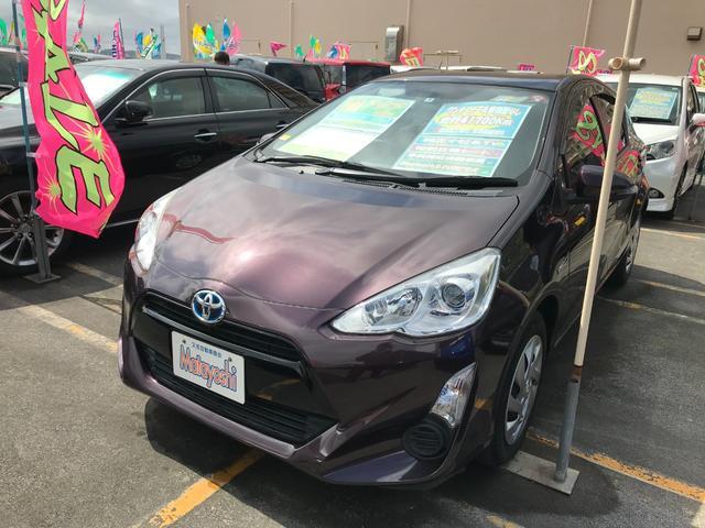 沖縄県の中古車ならアクア S 純正ナビTV ブルートゥース