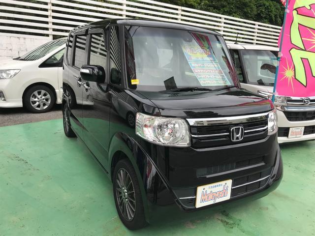 沖縄の中古車 ホンダ N-BOX 車両価格 93万円 リ済込 2015(平成27)年 7.1万km ブラック