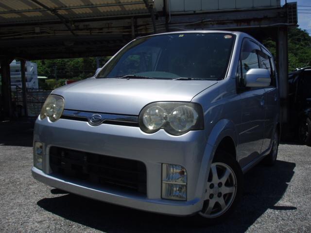 沖縄の中古車 ダイハツ ムーヴ 車両価格 18万円 リ済込 平成17年 12.2万km シルバー
