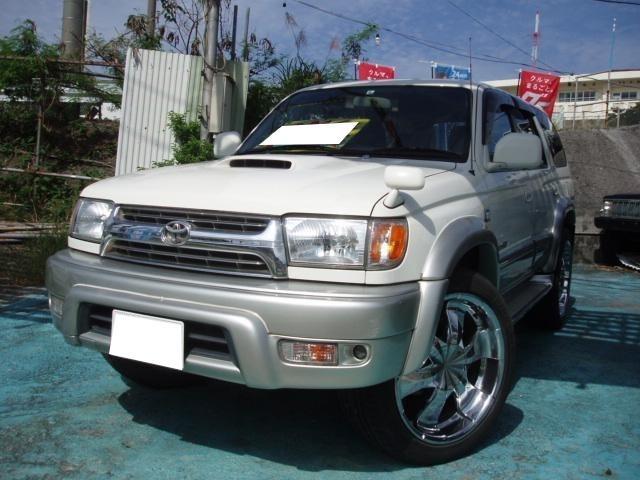 沖縄の中古車 トヨタ ハイラックスサーフ 車両価格 89万円 リ済込 平成13年 20.2万km ホワイトII