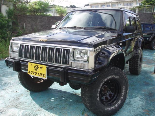 沖縄の中古車 クライスラー・ジープ クライスラージープ チェロキー 車両価格 39万円 リ済込 1995(平成7)年 12.5万km ブラック