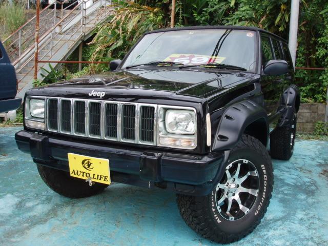 沖縄の中古車 クライスラー・ジープ クライスラージープ チェロキー 車両価格 59万円 リ済込 1999(平成11)年 12.5万km ブラック