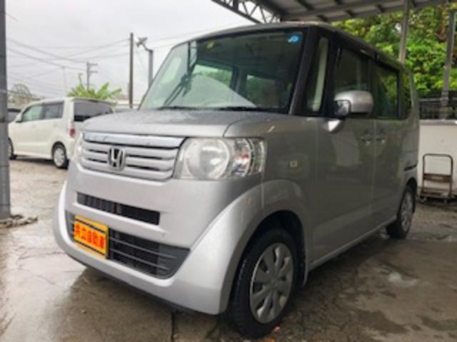 沖縄の中古車 ホンダ N-BOX 車両価格 60万円 リ済込 2013(平成25)年 8.2万km シルバー