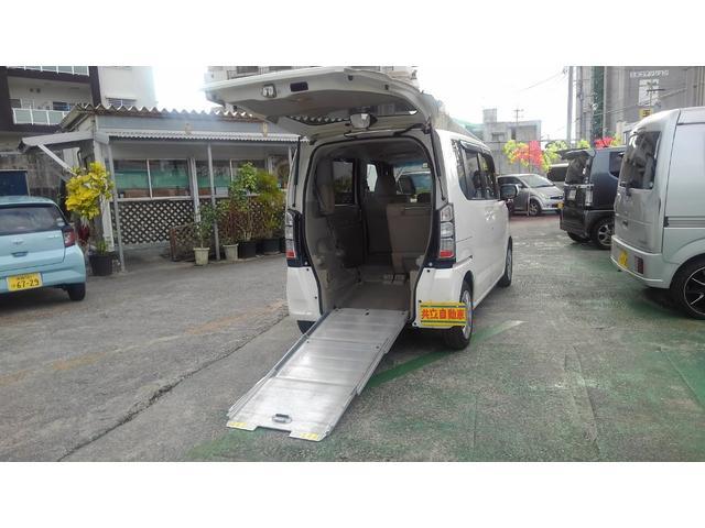 沖縄県の中古車ならN-BOX+ G・Lパッケージ スローパー純正オプション