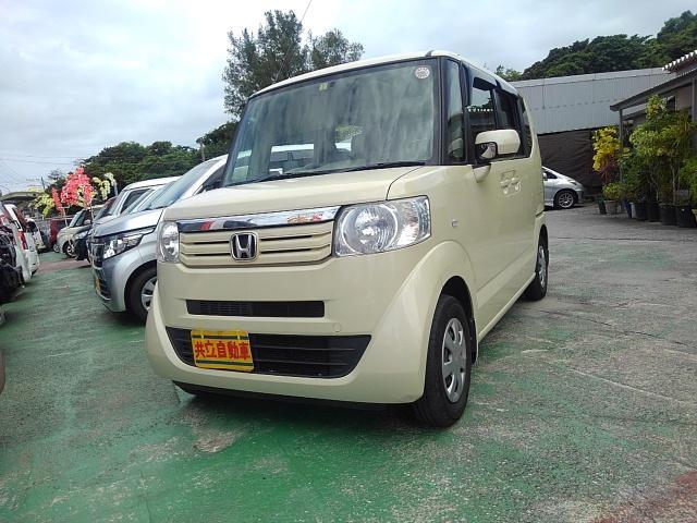 沖縄の中古車 ホンダ N-BOX 車両価格 63万円 リ済込 2012(平成24)年 8.5万km ベージュ