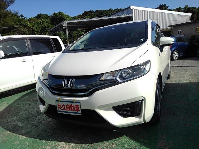 沖縄県沖縄市の中古車ならフィットハイブリッド Lパッケージ ナビDVDテレビUSB ステアリングスイッチ