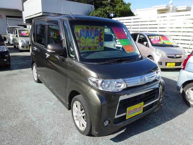 沖縄県沖縄市の中古車ならタント カスタムRS ターボ車・パワースライドドア・インテリジェントキー・ディスチャージライト・Wエアバック・ABS・CVT・アルミホイール・キーレス・プライバシーガラス・