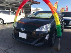 沖縄の中古車 トヨタ アクア 車両価格 104万円 リ済込 平成28後 5.6万K ブラック