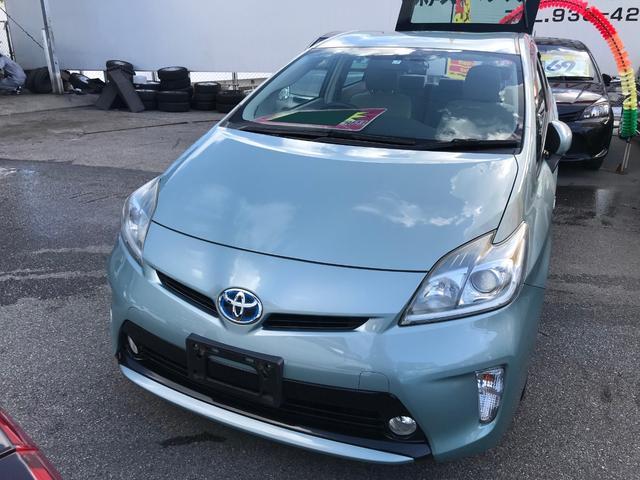沖縄の中古車 トヨタ プリウス 車両価格 74万円 リ済込 2013(平成25)後 8.5万km グリーン