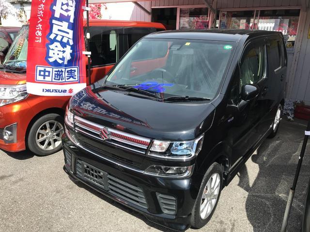 沖縄の中古車 スズキ ワゴンR 車両価格 77万円 リ済込 2017(平成29)年 5.3万km ブラック