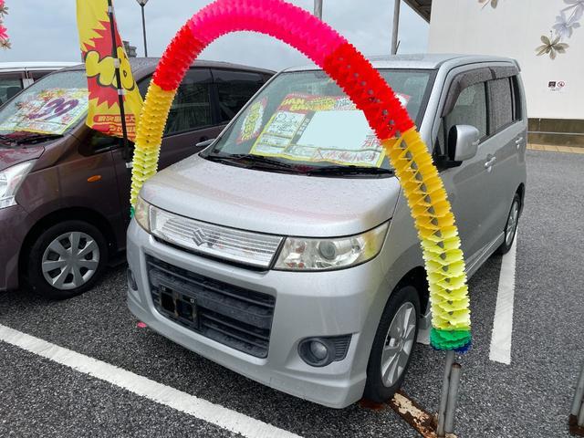 沖縄の中古車 スズキ ワゴンRスティングレー 車両価格 31万円 リ済込 2011(平成23)年 8.0万km シルキーシルバーメタリック