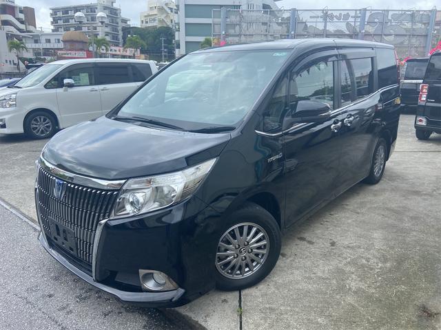 沖縄の中古車 トヨタ エスクァイア 車両価格 209万円 リ済込 2015(平成27)年 6.5万km ブラック