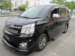 沖縄の中古車 トヨタ ヴォクシー 車両価格 159万円 リ済込 平成25年 7.8万K ブラックM