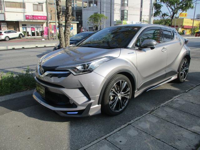 沖縄の中古車 トヨタ C-HR 車両価格 246万円 リ済込 2017(平成29)年 2.4万km グレー