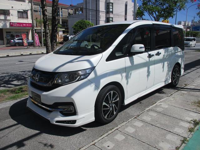 沖縄の中古車 ホンダ ステップワゴンスパーダ 車両価格 272万円 リ済込 2015(平成27)年 2.6万km パールホワイト