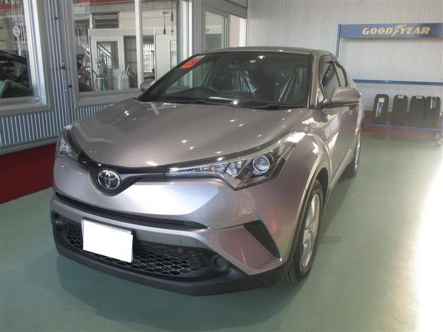 C-HR(沖縄 中古車) 色:シルバー 価格:189万円 年式:2017(平成29)年 走行距離:2.5万km