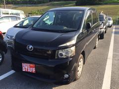 沖縄の中古車 トヨタ ヴォクシー 車両価格 38万円 リ済込 平成19年 10.6万K ブラック