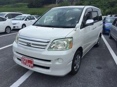 沖縄の中古車 トヨタ ノア 車両価格 26万円 リ済込 平成18年 10.4万K ホワイト