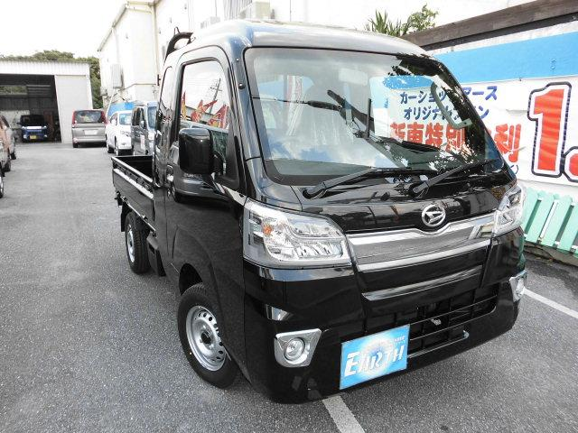 沖縄の中古車 ダイハツ ハイゼットトラック 車両価格 102.5万円 リ済込 新車  ブラック