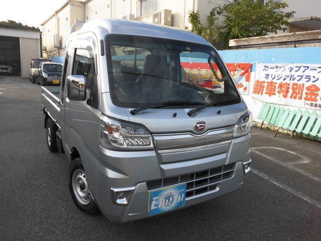 沖縄の中古車 ダイハツ ハイゼットトラック 車両価格 112.2万円 リ未 新車  シルバー