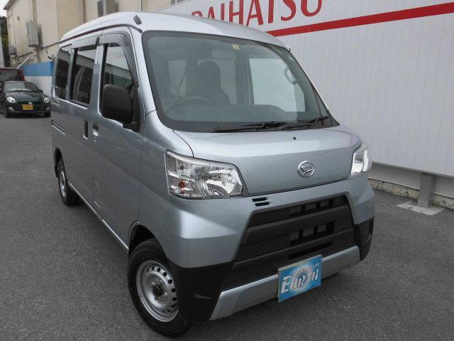 沖縄の中古車 ダイハツ ハイゼットカーゴ 車両価格 107万円 リ済込 新車  シルバーM