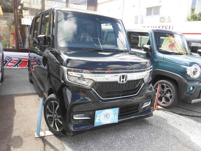 沖縄県の中古車ならN-BOXカスタム G・Lホンダセンシング ナビ・バックカメラ付き・展示車