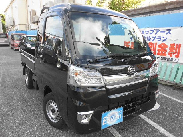 沖縄の中古車 ダイハツ ハイゼットトラック 車両価格 102.5万円 リ済込 2021(令和3)年 10km ブラックM