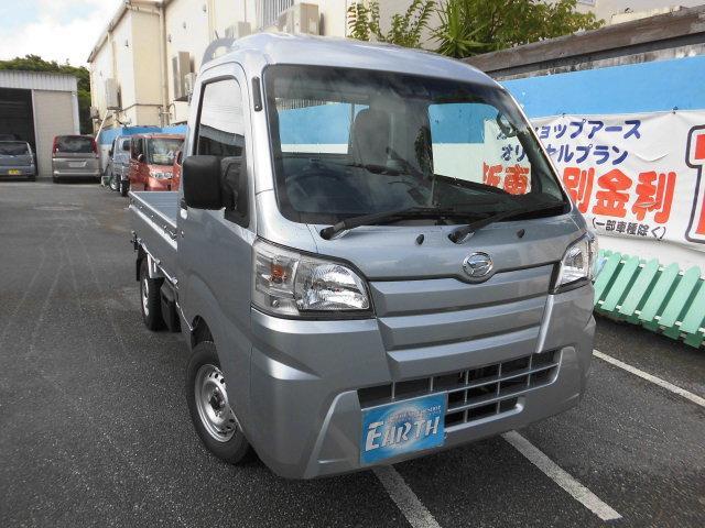 沖縄の中古車 ダイハツ ハイゼットトラック 車両価格 77.6万円 リ済込 2021(令和3)年 10km シルバーM