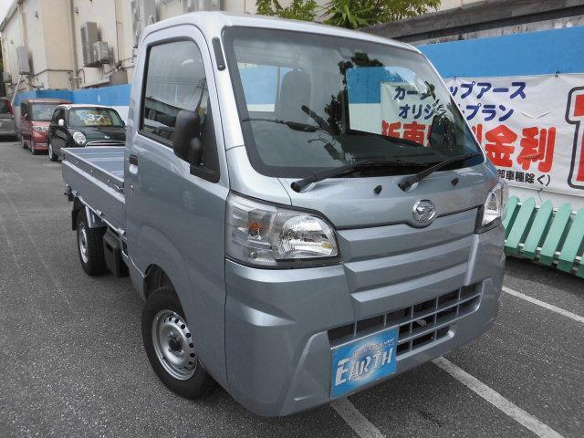 沖縄の中古車 ダイハツ ハイゼットトラック 車両価格 64万円 リ未 2021(令和3)年 10km シルバーM