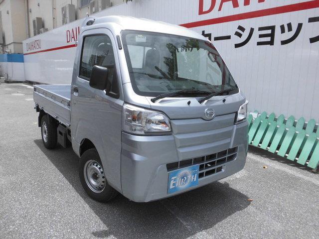 沖縄の中古車 ダイハツ ハイゼットトラック 車両価格 92.8万円 リ済込 2021(令和3)年 10km シルバーM