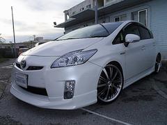 沖縄の中古車 トヨタ プリウス 車両価格 93万円 リ済別 平成23年 8.9万K パールホワイト