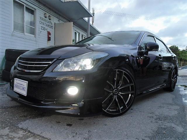 沖縄の中古車 トヨタ クラウン 車両価格 125万円 リ済別 平成20年 8.6万km ブラック