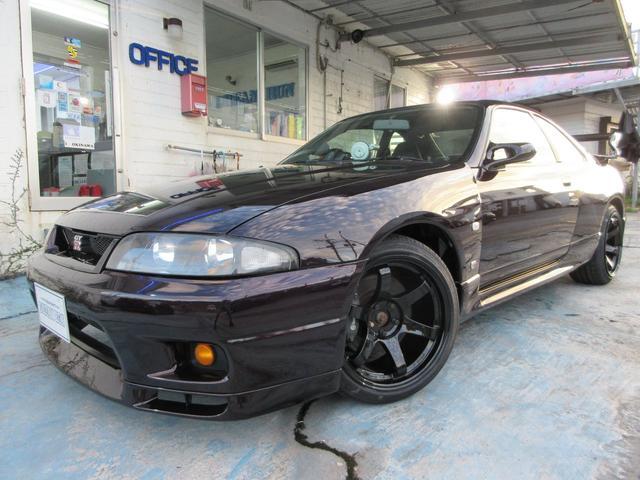 沖縄県の中古車ならスカイライン GT-R 同色オールペイント 新品社外18インチアルミ