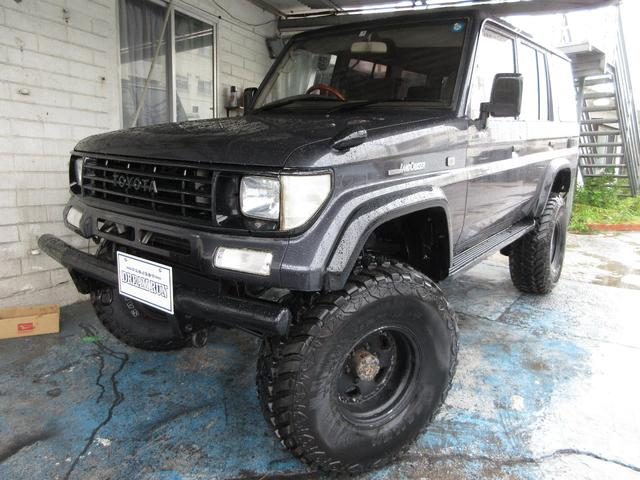 沖縄県の中古車ならランドクルーザープラド SXワイド リフトアップ オールペイント 新品MTタイヤ