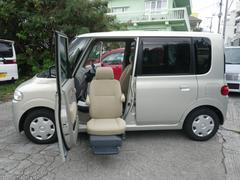 沖縄の中古車 ダイハツ タント 車両価格 33万円 リ済込 平成19年 11.0万K シャンパンゴールド