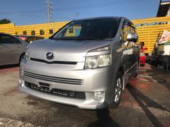 沖縄の中古車 トヨタ ヴォクシー 車両価格 59万円 リ済込 平成19後 9.8万K シルバー