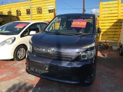 沖縄の中古車 トヨタ ヴォクシー 車両価格 49万円 リ済込 平成19年 10.1万K パープル