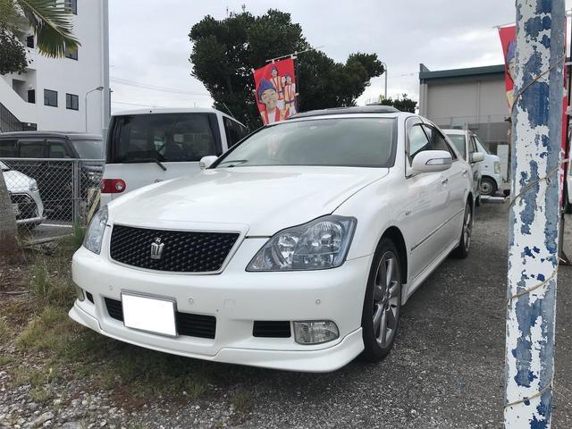 沖縄の中古車 トヨタ クラウン 車両価格 40万円 リ済込 2007(平成19)年 15.0万km パール