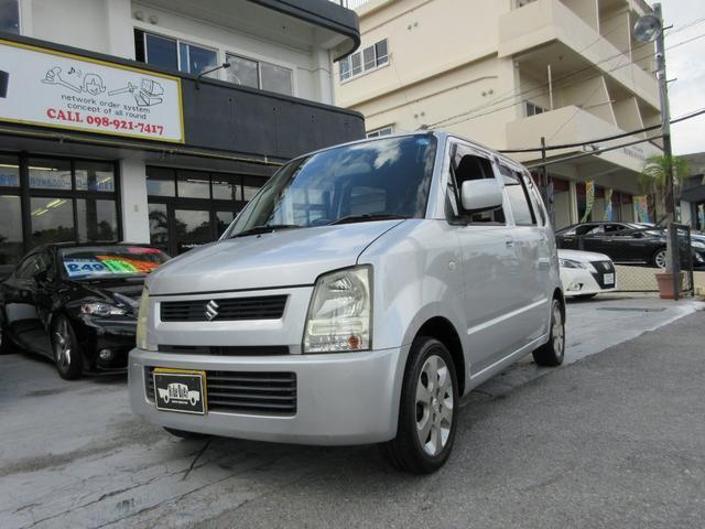 沖縄の中古車 スズキ ワゴンR 車両価格 17万円 リ済込 平成17年 12.0万km シルバー