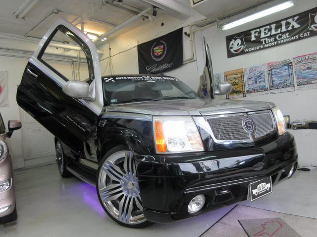 沖縄県の中古車ならキャデラック エスカレード ガルウイング ロックフォードオーディオ SHOWCAR仕様