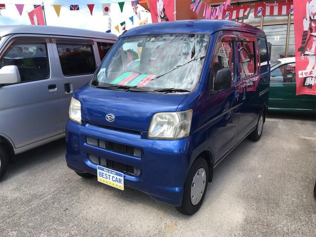 沖縄の中古車 ダイハツ ハイゼットカーゴ 車両価格 39万円 リ済込 2007(平成19)年 14.3万km ブルー