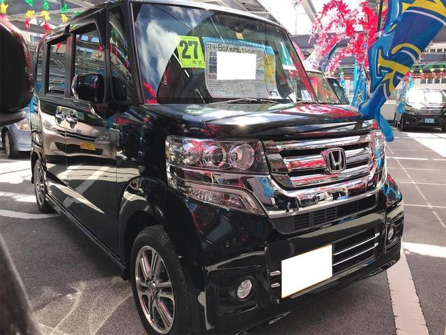 沖縄の中古車 ホンダ N-BOXカスタム 車両価格 109万円 リ済込 2015(平成27)年 3.4万km スマートブラック