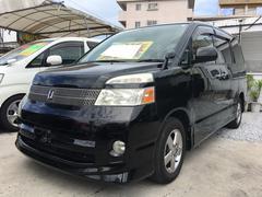 沖縄の中古車 トヨタ ヴォクシー 車両価格 43万円 リ済込 平成19年 11.3万K ブラック