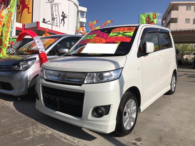 沖縄の中古車 スズキ ワゴンRスティングレー 車両価格 44万円 リ済込 平成23年 11.0万km パールホワイト
