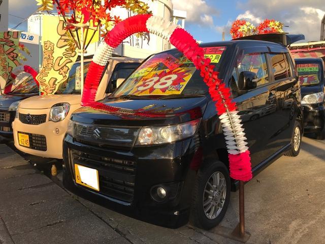 沖縄の中古車 スズキ ワゴンRスティングレー 車両価格 38万円 リ済込 2012(平成24)年 12.1万km スパークブラックパール
